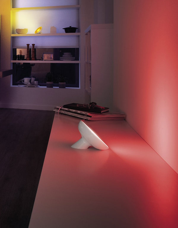 Philips Hue Bloom Table Lamp